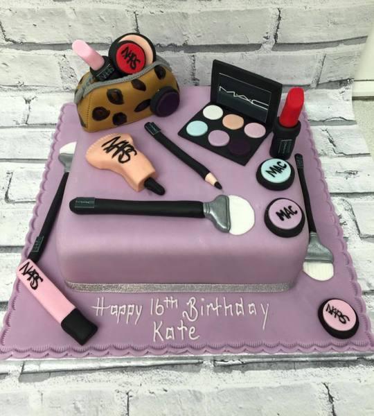 Strange Cheshire Cakes Warrington Teenagers Cakes Funny Birthday Cards Online Elaedamsfinfo